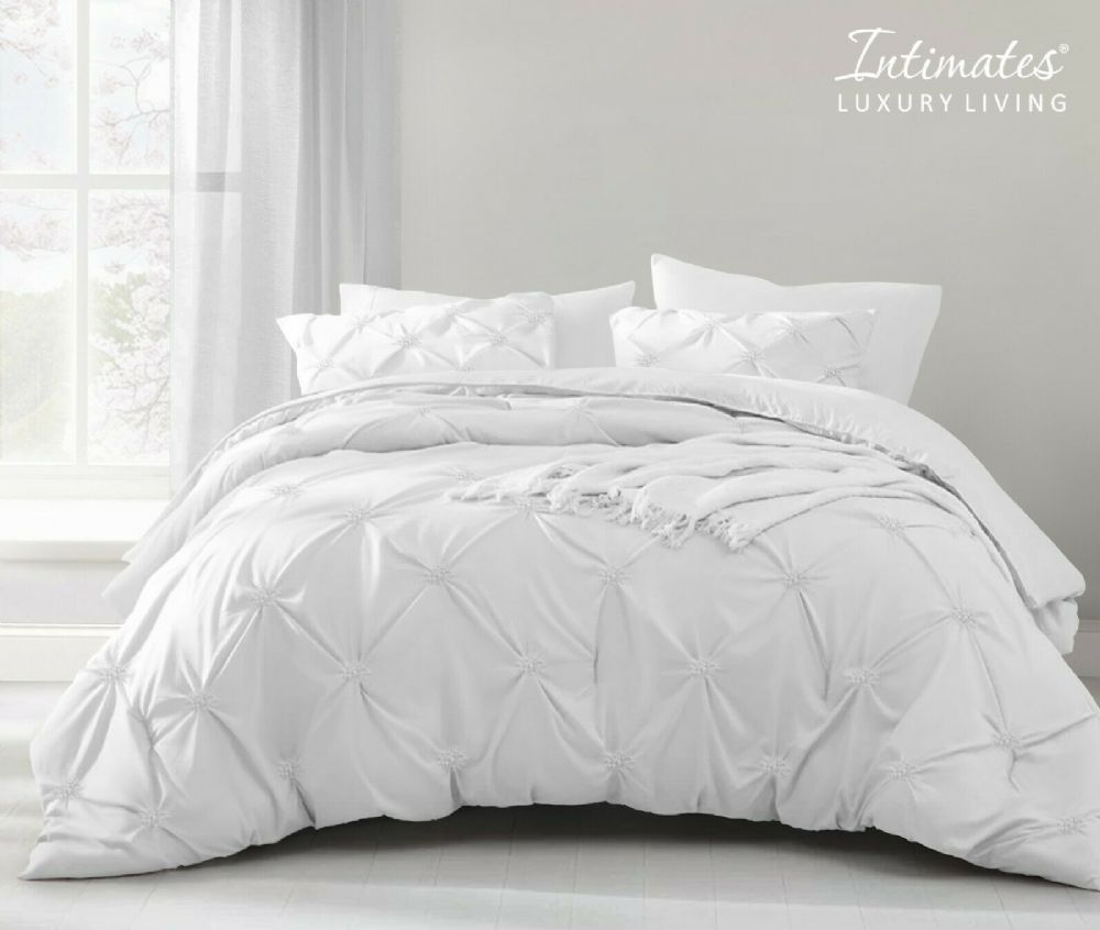 Pintuck Pinch Pleated Duvet Cover And Pillowcase Textured Stripe Polycotton Bedding Set White